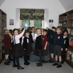 School children are learning about wallpaper art